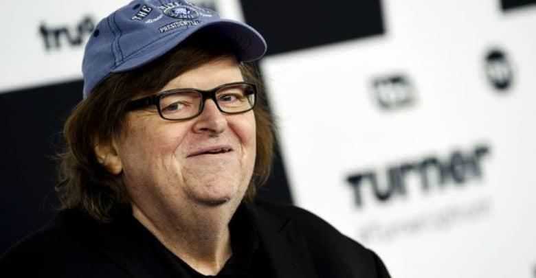 Documental de Michael Moore compara a Trump con Hitler