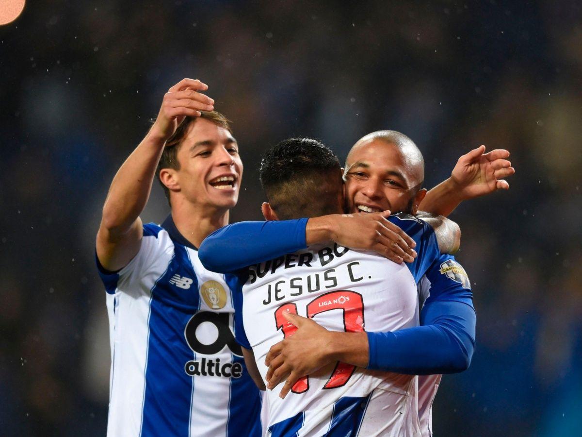'Tecatito' podría ser de los mejores pagados en el Porto